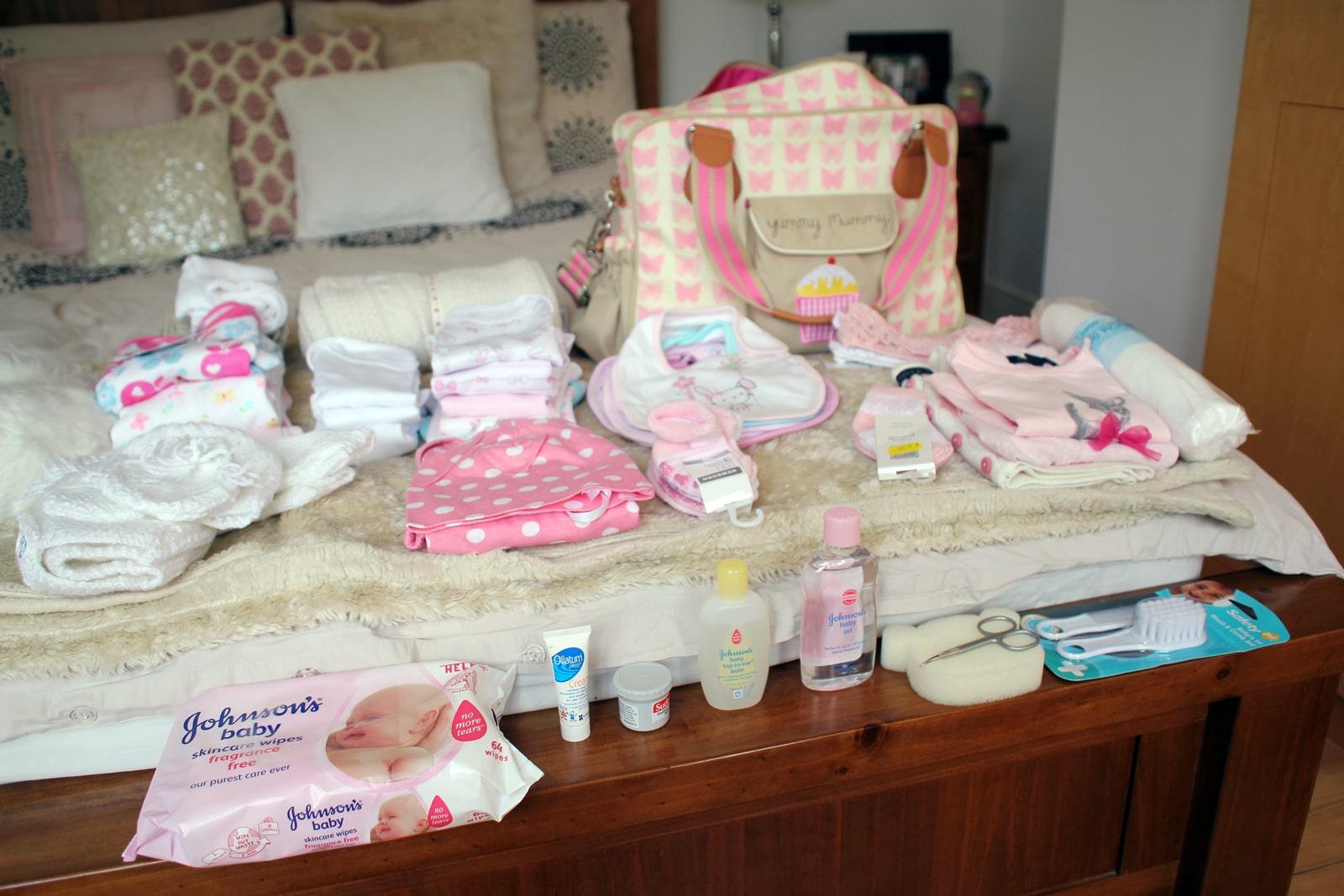 anne ve bebek için doğum çantası