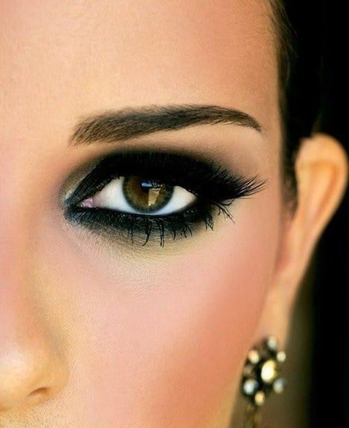 göz çeşitlerine uygun makyaj