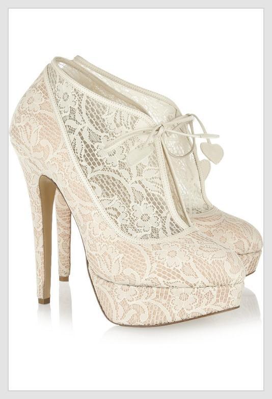 en güzel gelinler için ayakkabı modelleri