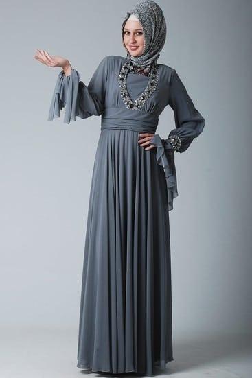 tesettürlü nişan elbiseleri kışlık