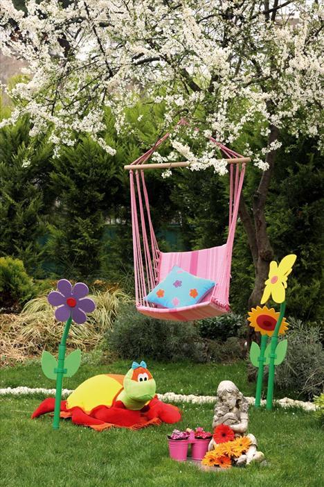 salıncaklı bahçe dekorasyonu