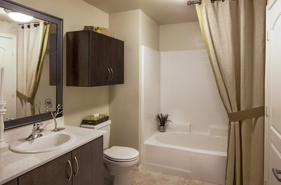 Sade-Banyo-ve-Lavaboları