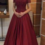 0a75397ec1ce8 Bordo Elbiseye Hangi Renk Takı- Bordo Elbise Kombinleri - Tarz Kadın