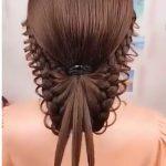 Düğün için örgü saç modeli