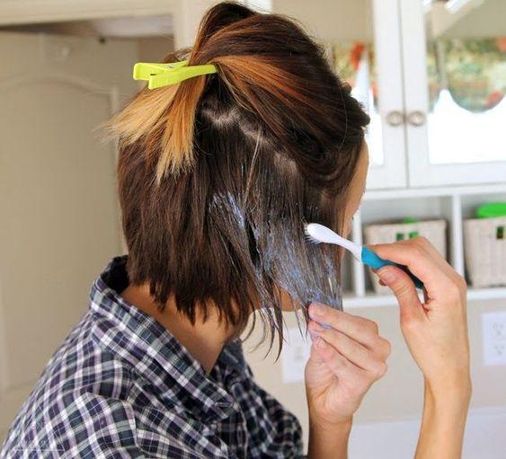 Evde saç boyası uygulamalı