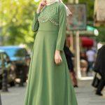 Mint yeşili elbiseye ne renk şal