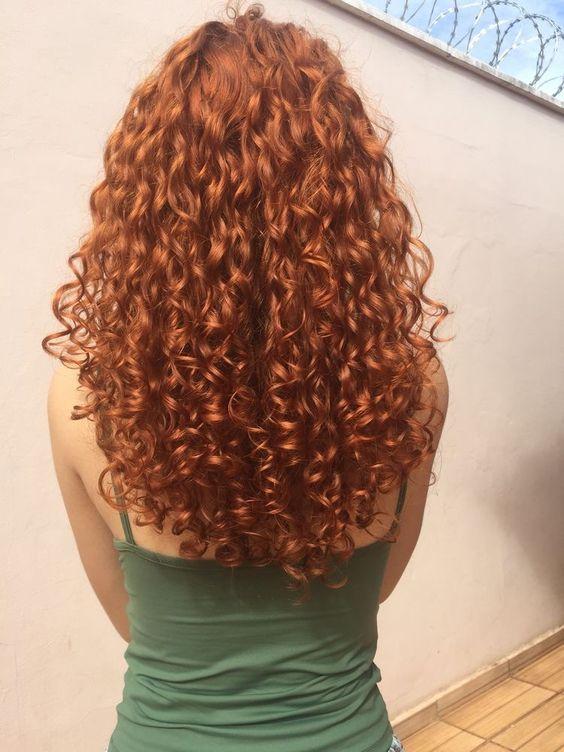 uzun kıvırcık saç modelleri