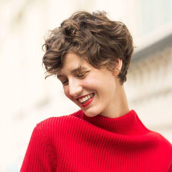 Uzun yüz için kısa saç modelleri kadın