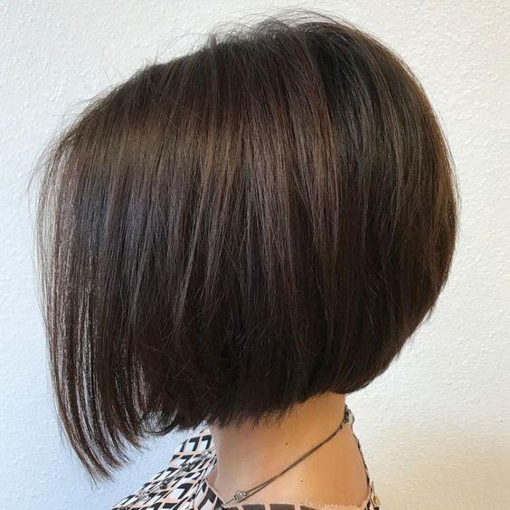 Seyrek Saçlı Kadınlar Saçlarını Nasıl Kestirmeli