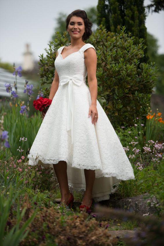 Kır Düğününde Ne Giyilir