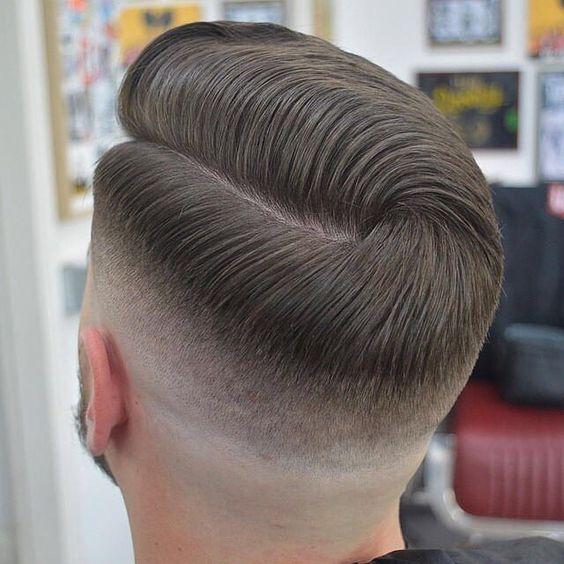 Kısa düz saç modelleri erkek