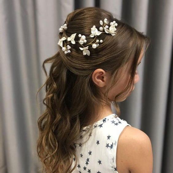 Çocuklar için düğün saç modelleri