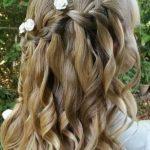 Düğün için açık maşalı saç modelleri
