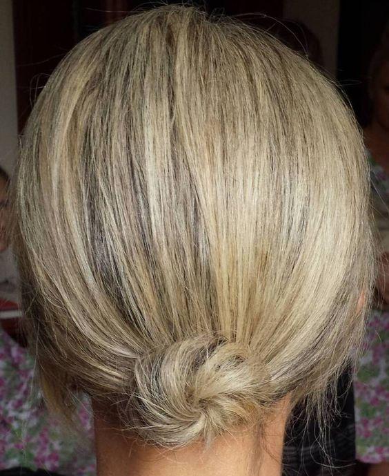 Kısa saç topuz yapımı