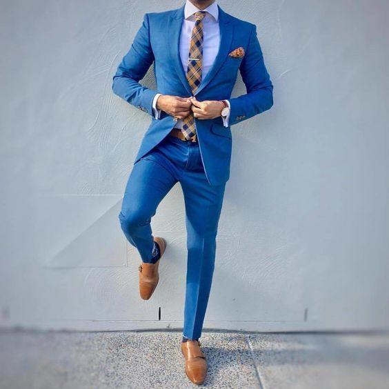Mavi takım elbise altına ne renk ayakkabı olur