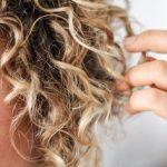 Saç uçlarına ara makas