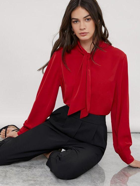 kırmızı gömlek kumaş pantolon kombinleri